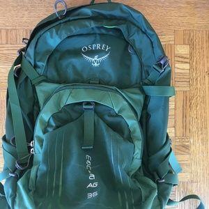 Osprey Manta AG 36 Hiking Backpack